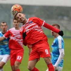 58150e3a0f9a5_soccer_rukh_vs_farma_odesa_1-0_kraws-kh_3172