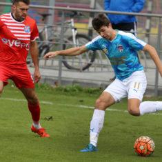 58150e499e8fc_soccer_rukh_vs_farma_odesa_1-0_kraws-kh_3146