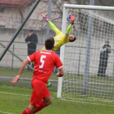 58150e5f55ddc_soccer_rukh_vs_farma_odesa_1-0_kraws-kh_3302